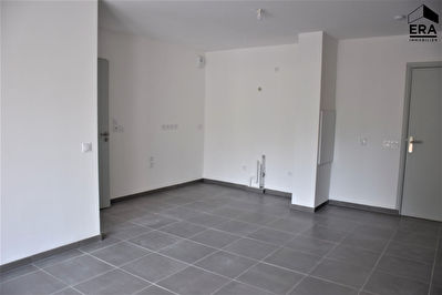 A VENDRE 13590 MEYREUIL APPARTEMENT T2 DE 39 M² BALCON  2 PLACES DE PARKING